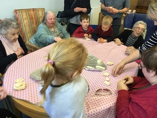 Sharing food and cooking together - multi generational project